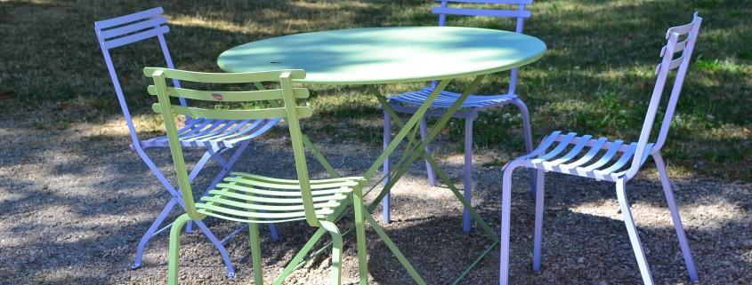 Nouvelle table ronde pour la terrasse